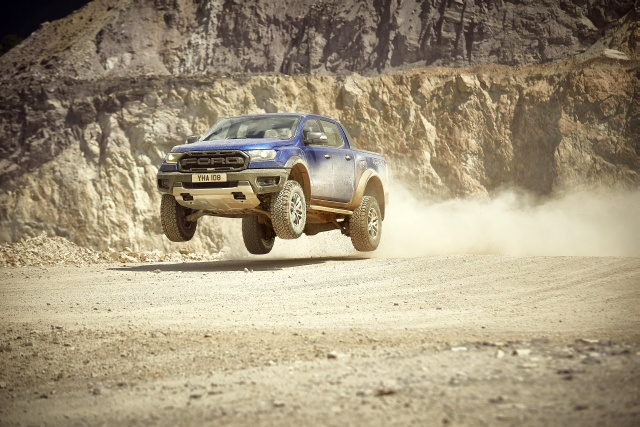 2018 FORD RANGER RAPTOR 01