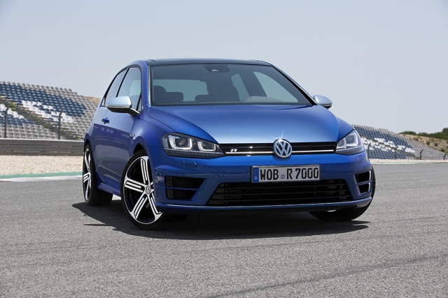 DB2013AU01151 small Golf R 2014 640